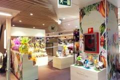 12.retail-corner-El-Corte-Ingles-placas-pvc-impresion-y-vinilos-impresos-mas-vinilo-corte-Simon-Coll