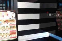 32.mobiliario-pared-tienda-Sephora