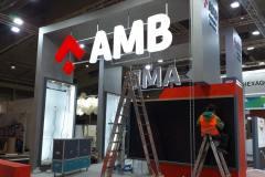 13.corporeas-aereas-pmma-iluminadas-para-stand-AMB
