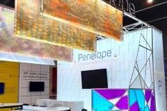 22.textiles-impresos-techo-mas-mobiliario-y-zona-reunion-stand-Penelope