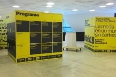 49.estructuras-cubos-impresos-para-feria-BCN-fashion-Summit